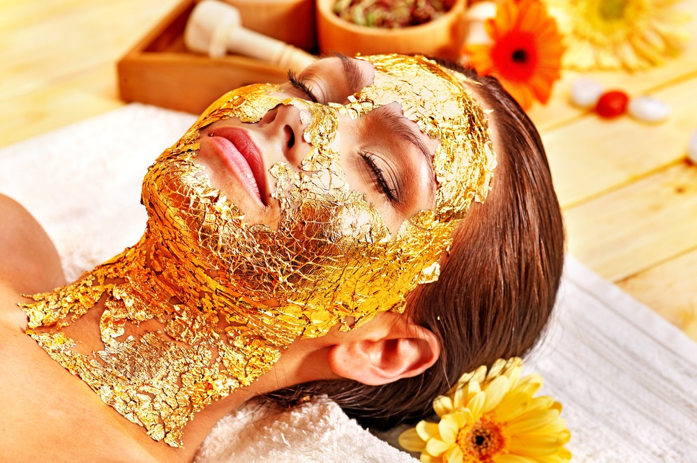 Kosmetik Maske